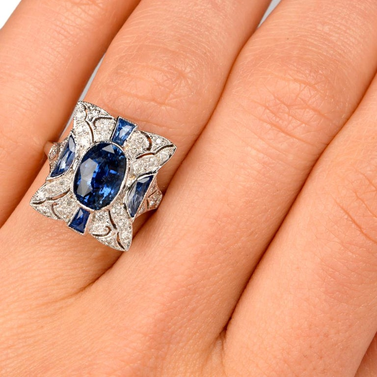 Sapphire Diamond Filligree 18 Karat Gold Diamond Ring For Sale 2