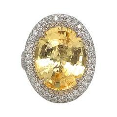 C. DUNAIGRE Sapphire Diamond Halo Cocktail Ring 17.92 Carat 18 Karat Yellow Gold