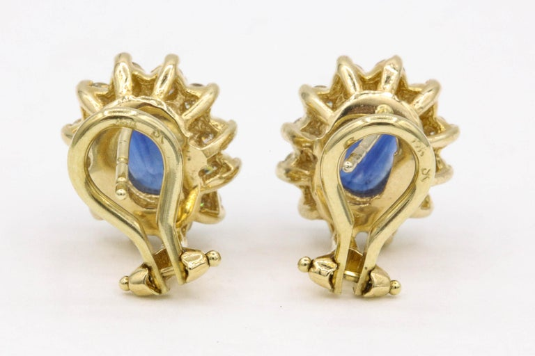 Sapphire Diamond Halo Stud Earrings 4.14 Carat 14 Yellow Gold For Sale 1