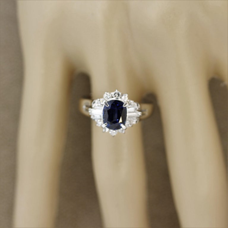 Sapphire Diamond Platinum Ring For Sale 2