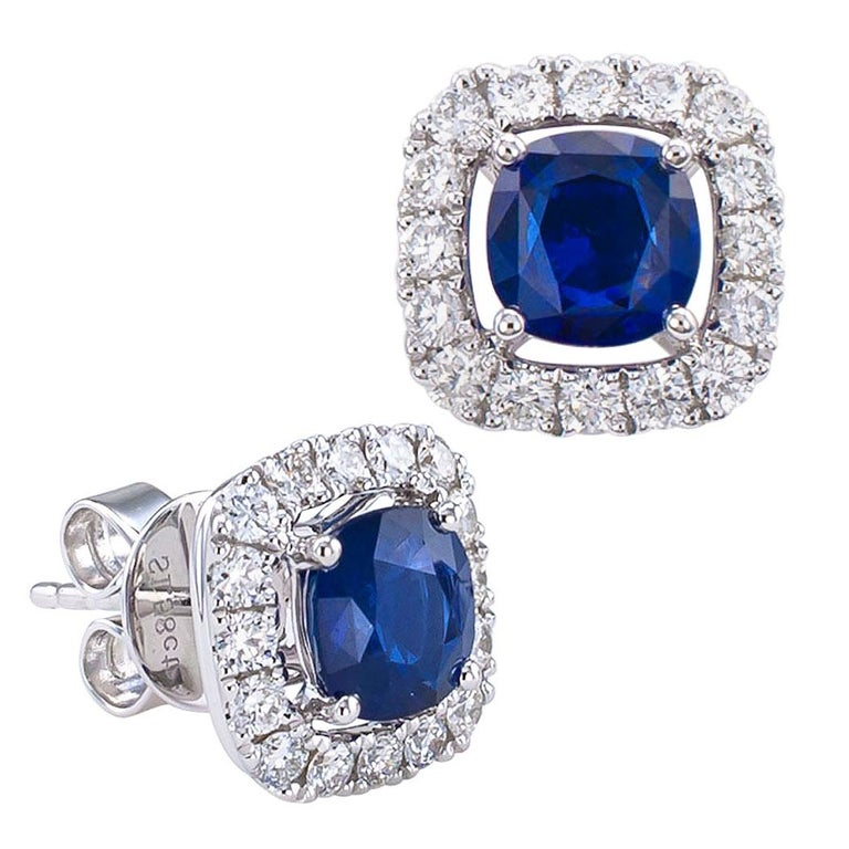 Sapphire Diamond White Gold Stud Earrings In Excellent Condition For Sale In Los Angeles, CA