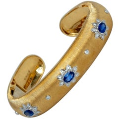 Sapphire Diamonds Yellow and White 18K Gold Link Bracelet in Florentine Finish