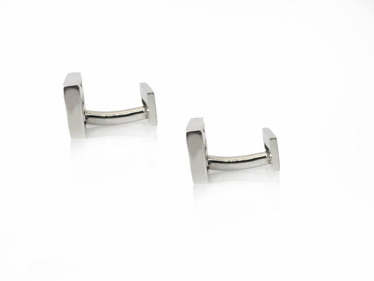 Contemporary Sapphire in White Gold Suspended Rectangle Cufflinks For Sale