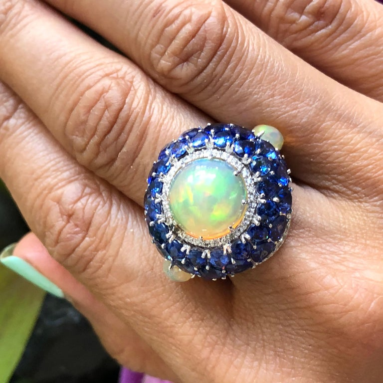 Sapphire and Opal Diamond Ring 18 Karat Gold For Sale 5