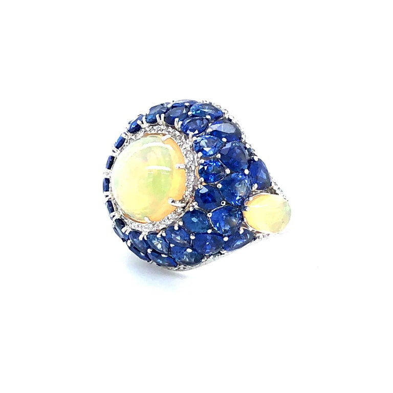 Cabochon Sapphire and Opal Diamond Ring 18 Karat Gold For Sale