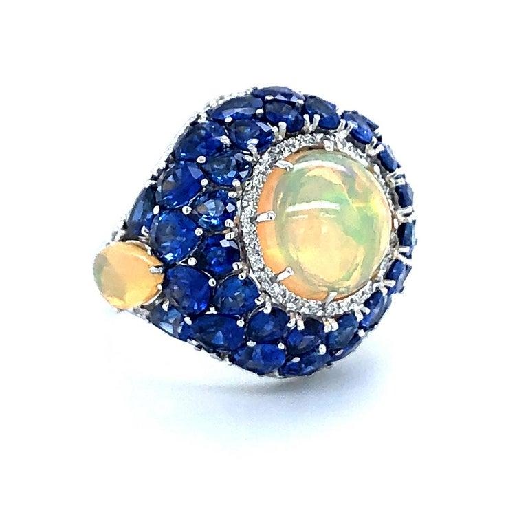 Women's Sapphire and Opal Diamond Ring 18 Karat Gold For Sale
