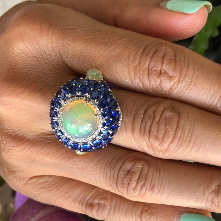 Sapphire and Opal Diamond Ring 18 Karat Gold For Sale 2