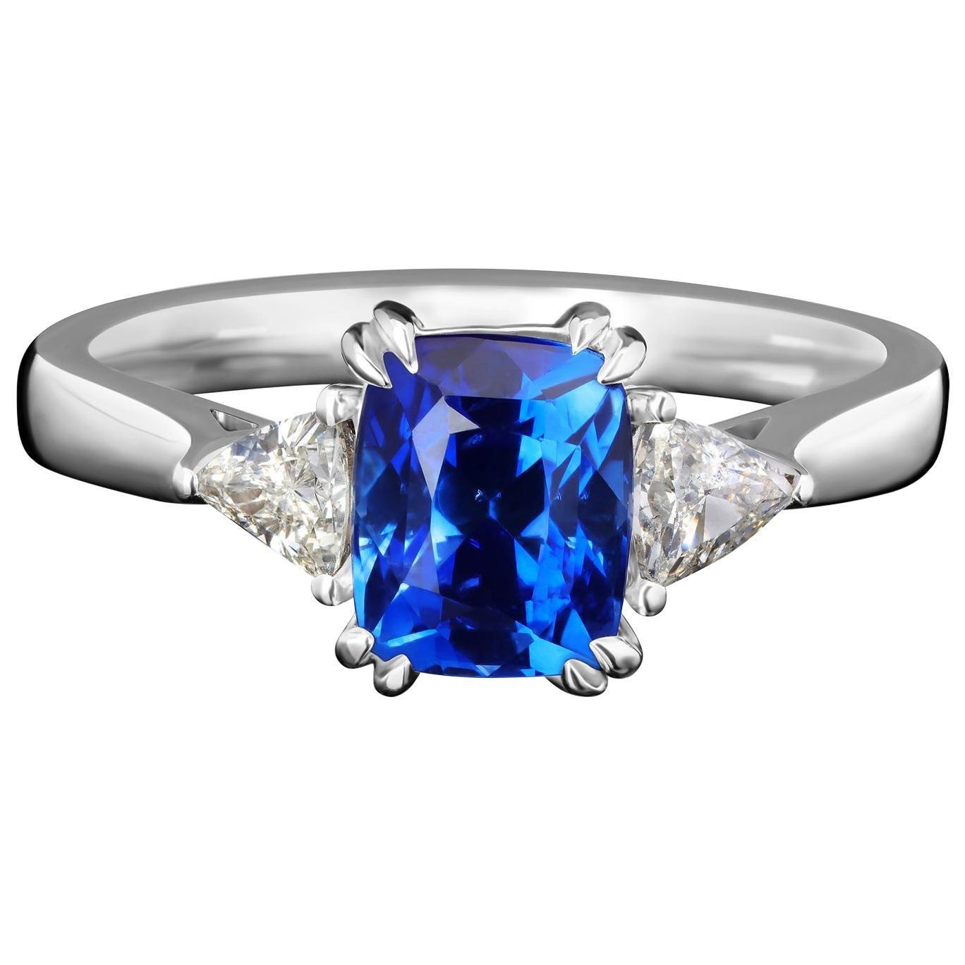 Sapphire Ring Cornflower Diamond 18 Karat White Gold Ring Blue Unisex Engagement