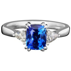Sapphire Ring Cornflower Diamond 18 Karat White Gold Ring Blue Unisex Art