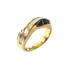 Sapphires and Diamond Yellow Gold Ring