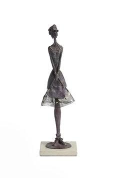 Rendezvous - slim figurative bronze statue