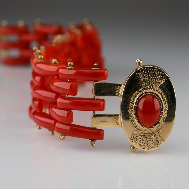 Victorian Sardinian Coral and Gold Carved Link Bracelet from Italy, circa 1970s For Sale