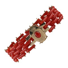 Sardinian Coral and Gold Carved Link Bracelet from Italy, circa 1970s