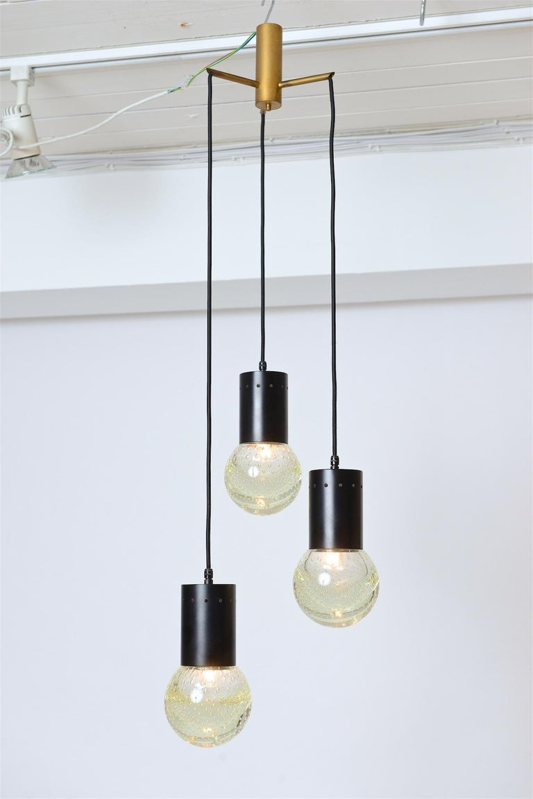 Sarfatti Chandelier for Seguso with Three Globes, circa 1960 In Good Condition For Sale In London, GB
