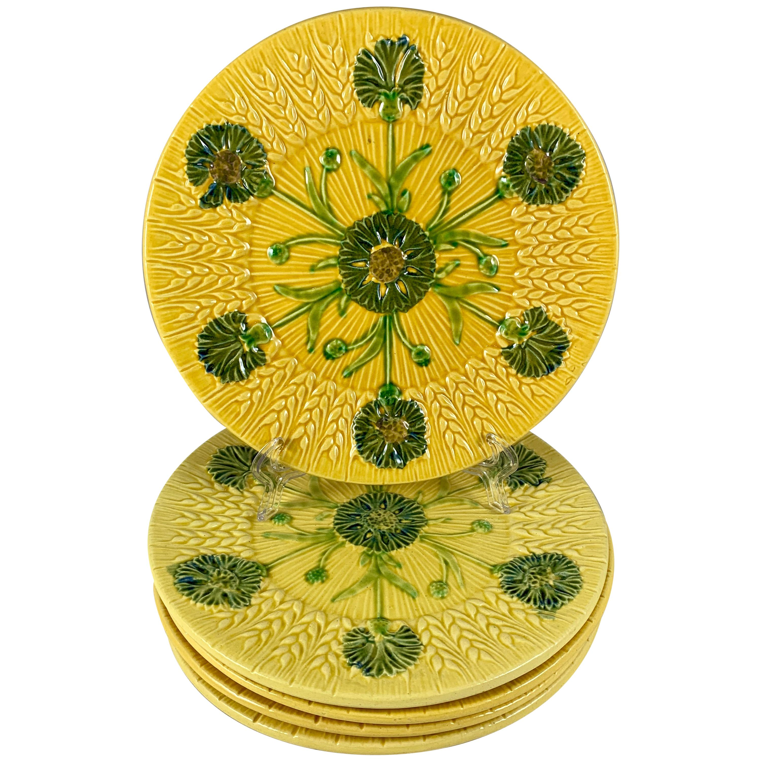Mid-Century Sarreguemines Wheat and Floral Yellow French Faïence Majolica Plate