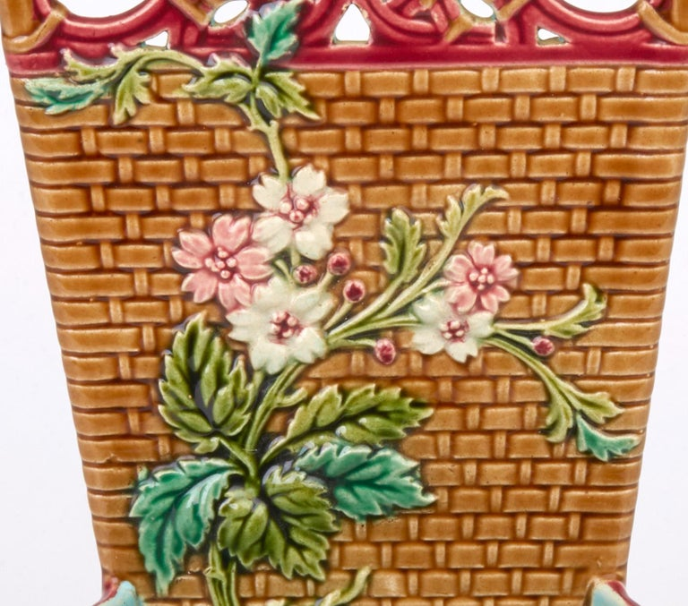 Sarreguemines French Majolica Pottery Wall Pocket, circa 1885 For Sale 2