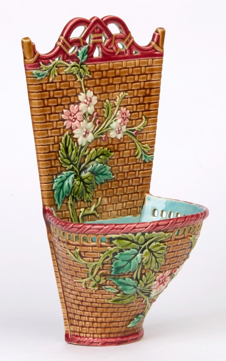 Sarreguemines French Majolica Pottery Wall Pocket, circa 1885 For Sale 3