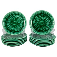 Sarreguemines Green Basket Weave Canapé or Hors d'œuvre Plates, a Set of Six