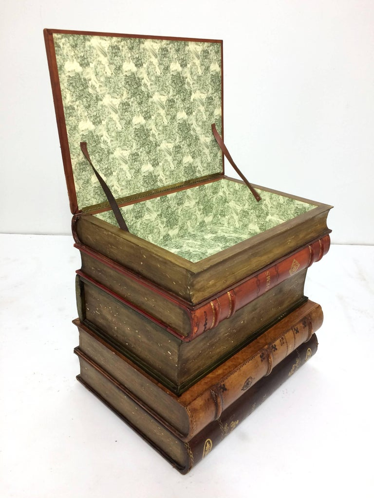 Mid-Century Modern Sarreid Italian Leather Stacked Book Form End Table, circa 1960s For Sale