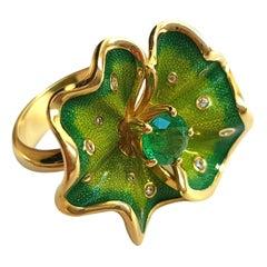 Sasonko Enamel Emerald Diamond 18 Yellow Karat Gold Ring