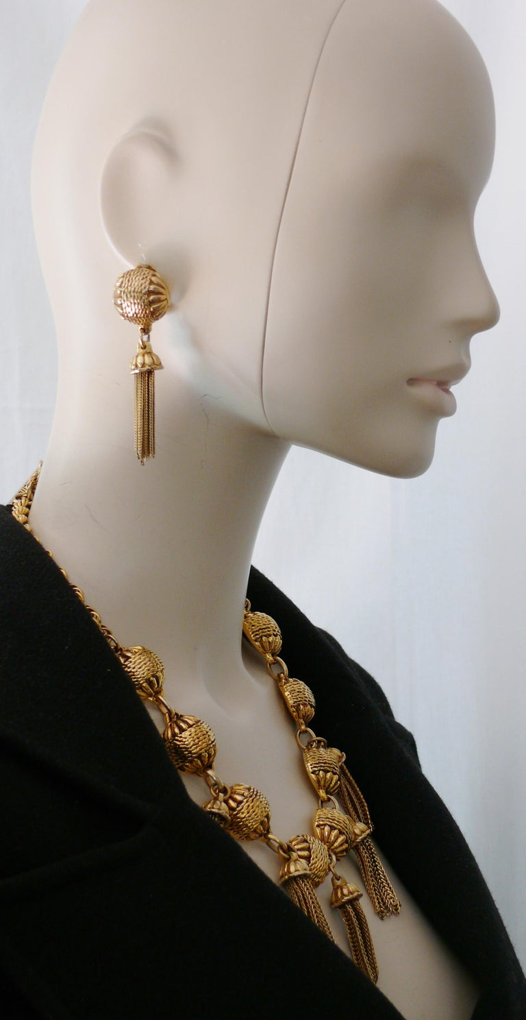 Satellite Paris Vintage Gold Toned Tassel Necklace and Earrings Set For Sale 5