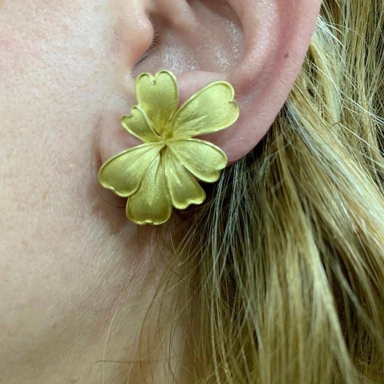 Satin Yellow Gold Flower Earrings For Sale 5