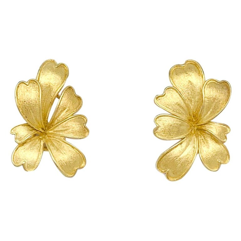 Satin Yellow Gold Flower Earrings For Sale