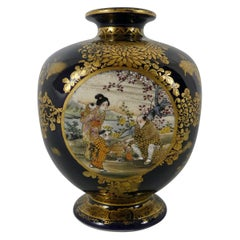 Satsuma Pottery Squared Vase, Kinkozan, circa 1890, Meiji Period