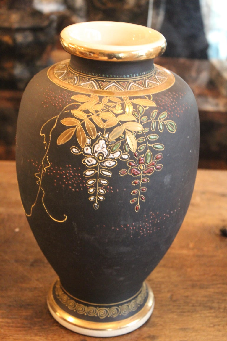 Japonisme Satsuma Vase, Late 19th-Early 20th Century For Sale