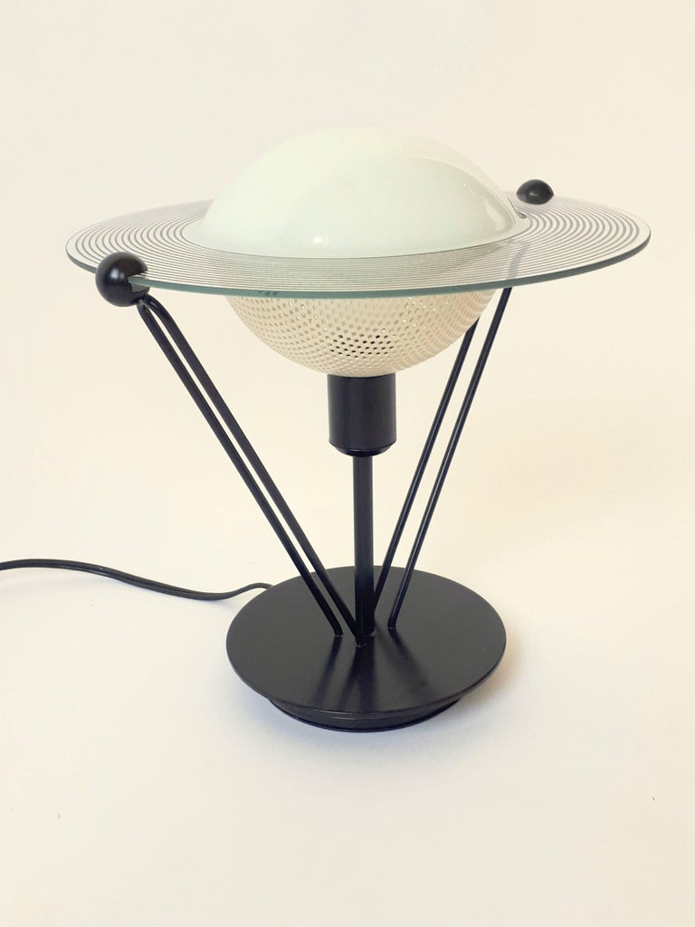 Enameled Saturn Shaped Glass Table Lamp, 1980s, Italia For Sale
