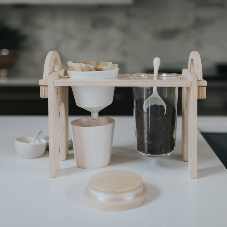 Savant Pour over Set, Matte Black Coffee Set, Modern Contemporary Porcelain For Sale 3
