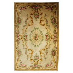Savonnerie Rug in French Wool from the Mid-20th Century