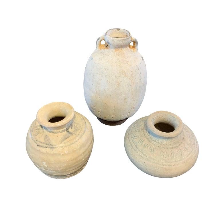 Small Cream Sawankhalok Ceramic Ship Wrecked Pot, Thailand, 16th Century For Sale 1