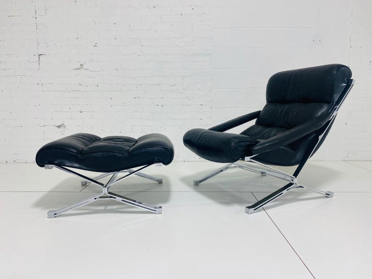 """Sayonara"" Chair and Ottoman by Giulio Moscatelli, 1960s For Sale 1"