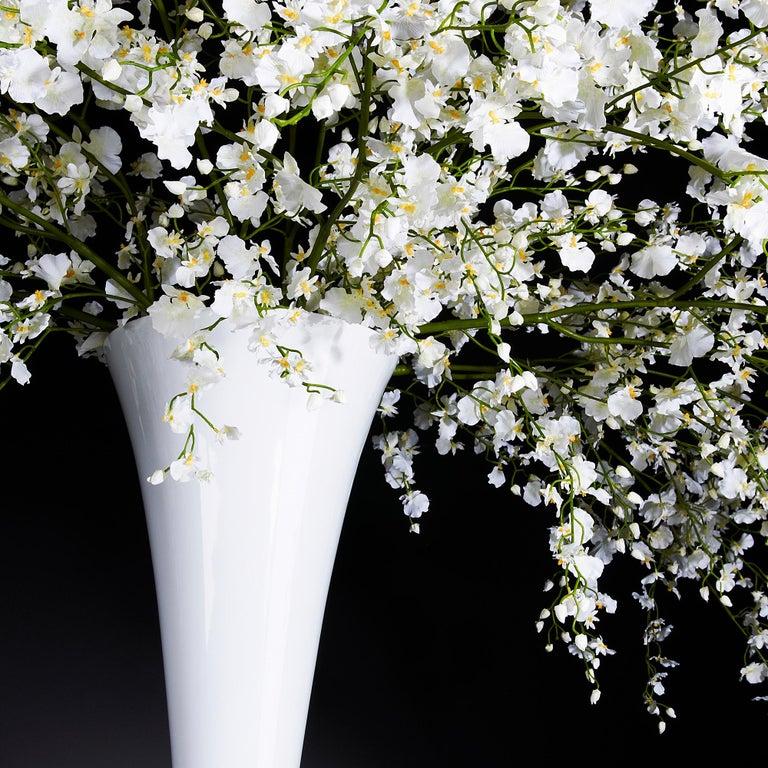 Modern Sayonara Set Arrangement, Flowers, Italy For Sale