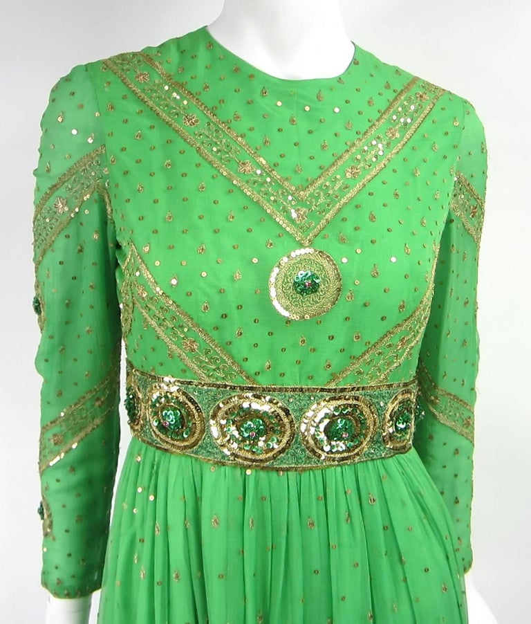 Saz Surjit & Adash Gill Gown Beaded Silk Dress 1970s In Excellent Condition For Sale In Wallkill, NY