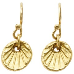 Scallop Shell Drop Earrings in 18 Karat Gold