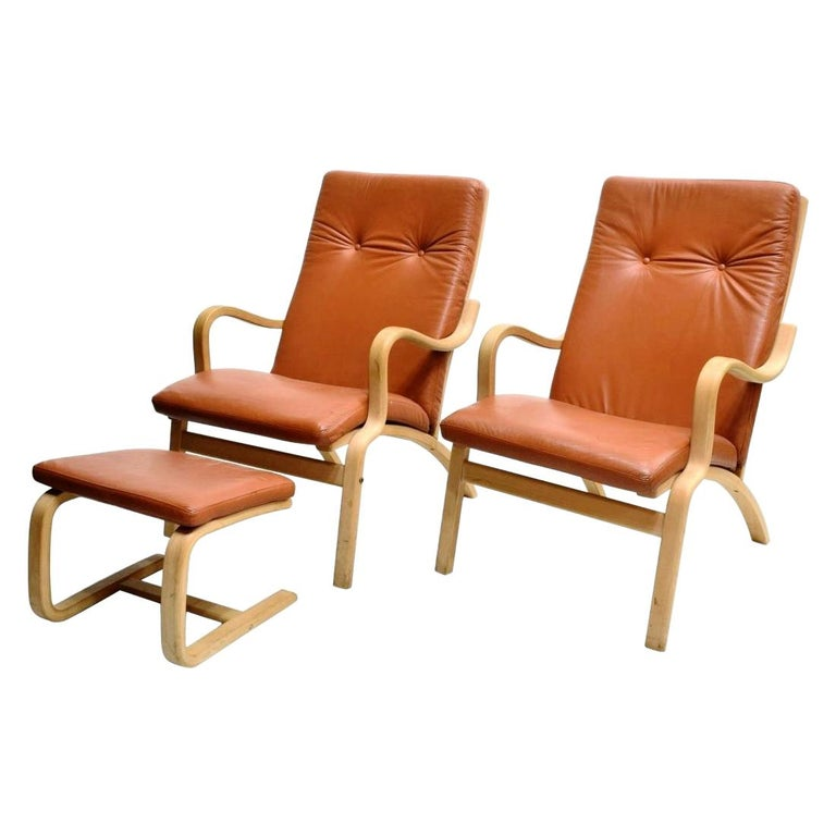 Scandinavian Bentwood Leather Lounge Chairs and Ottoman, circa 1970s For Sale