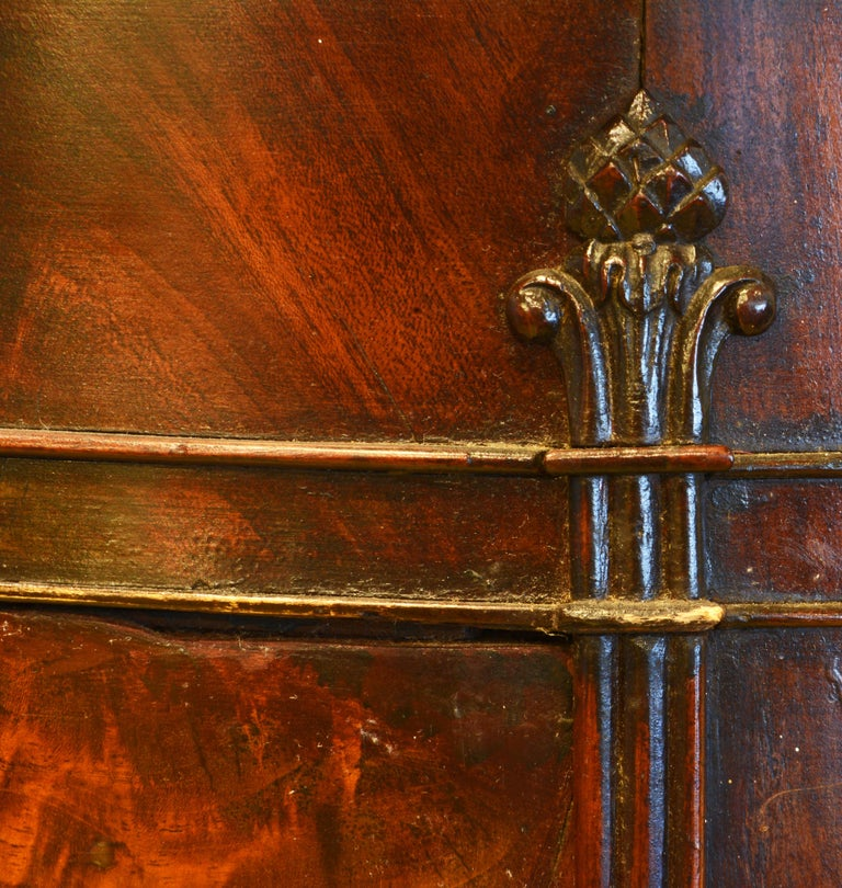 Scandinavian 19th Century Figured Flame Mahogany Oval Pedestal Cabinet 2