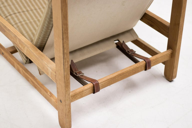 Mid-Century Modern Scandinavian Architectural Sling Chair For Sale