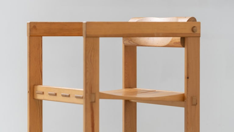 Norwegian Scandinavian Chair in Pine by Edvin Helseth in 1964 for Trybo Furniture, Norway For Sale