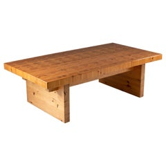 Scandinavian Coffee Table in Solid Pine
