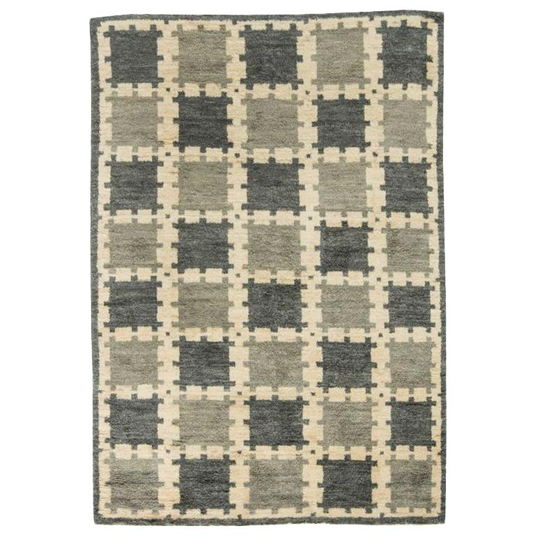 Scandinavian Design Geometric Gray Hand Knotted Wool Pile Rug For Sale