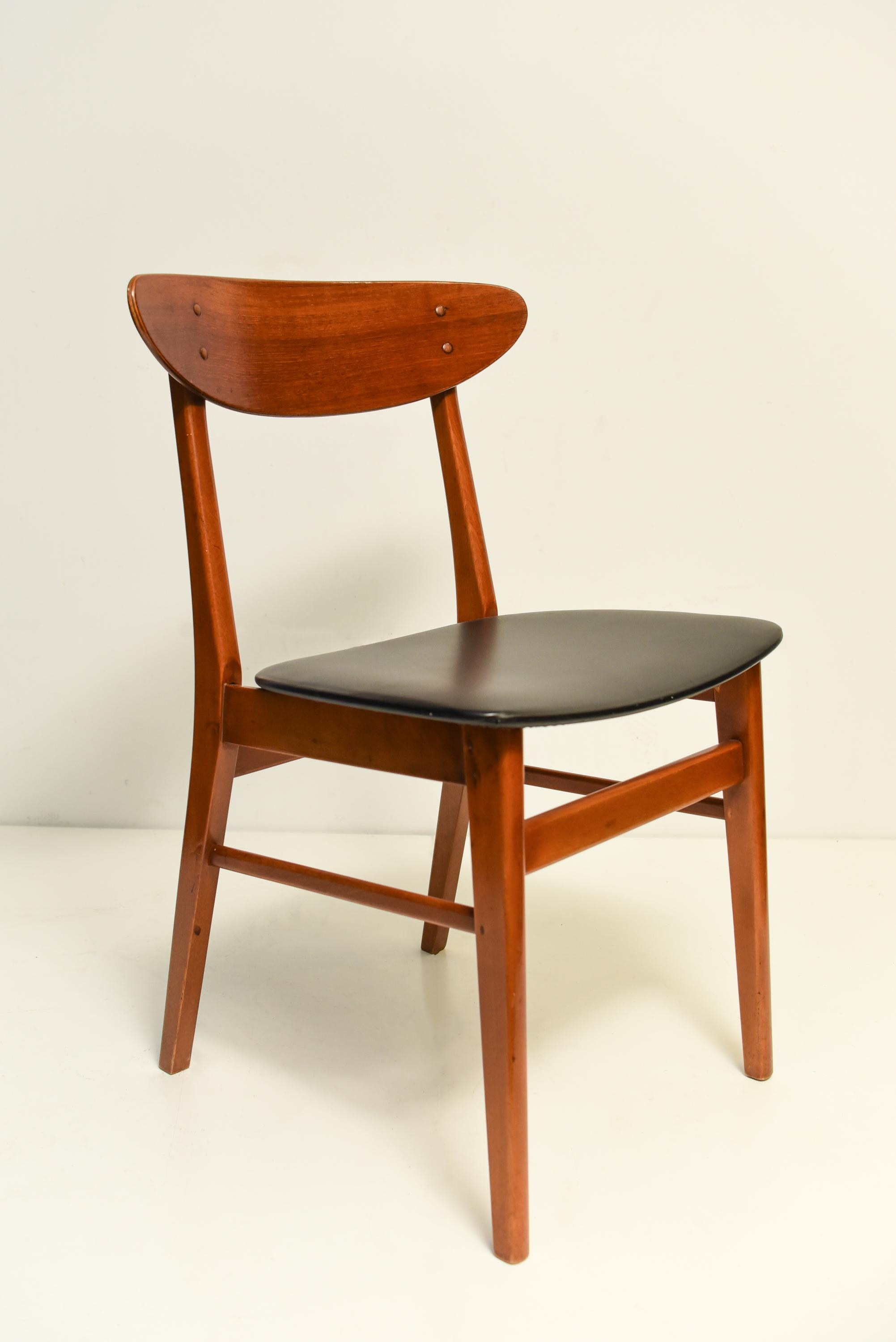 Mid Century Scandinavian Dining Chairs, 1960s