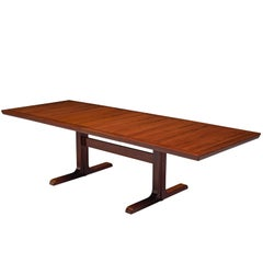 Scandinavian Extendable Dining Table in Rosewood