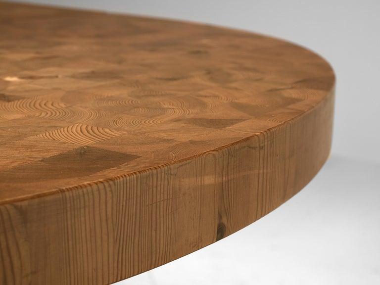 Scandinavian Extendable Pine End-Grain Table For Sale 6