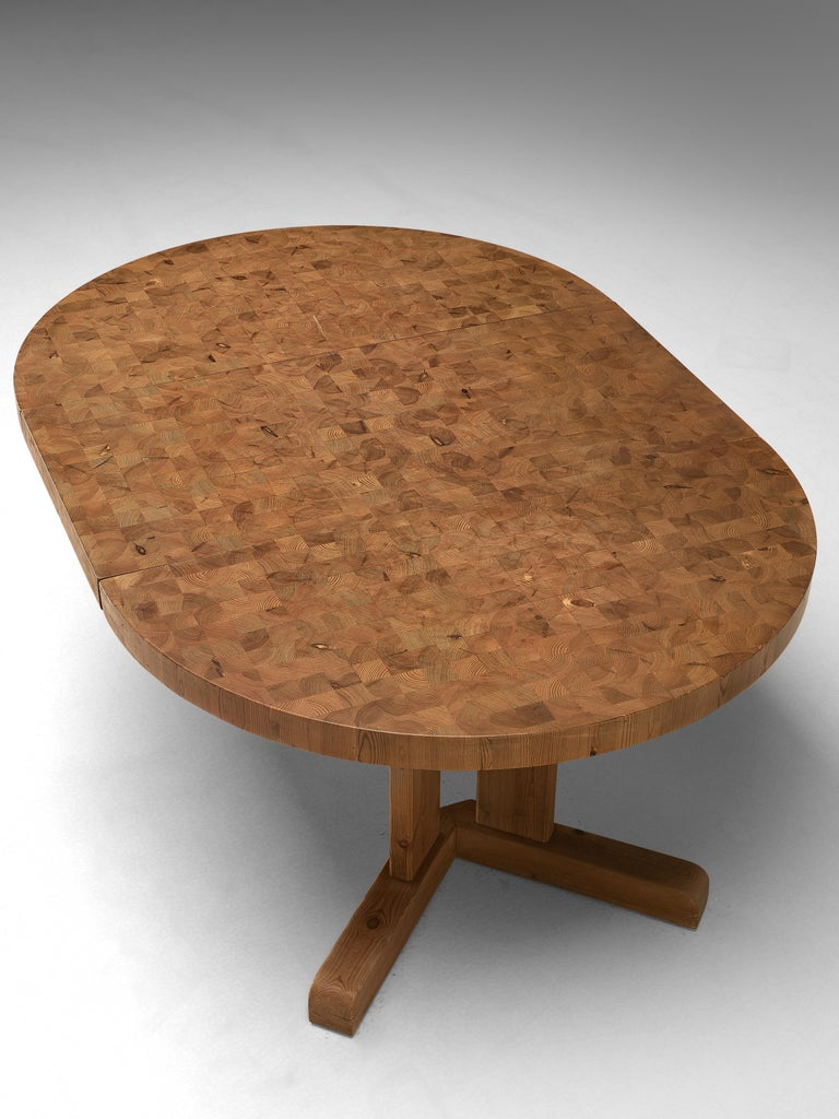 Mid-20th Century Scandinavian Extendable Pine End-Grain Table For Sale