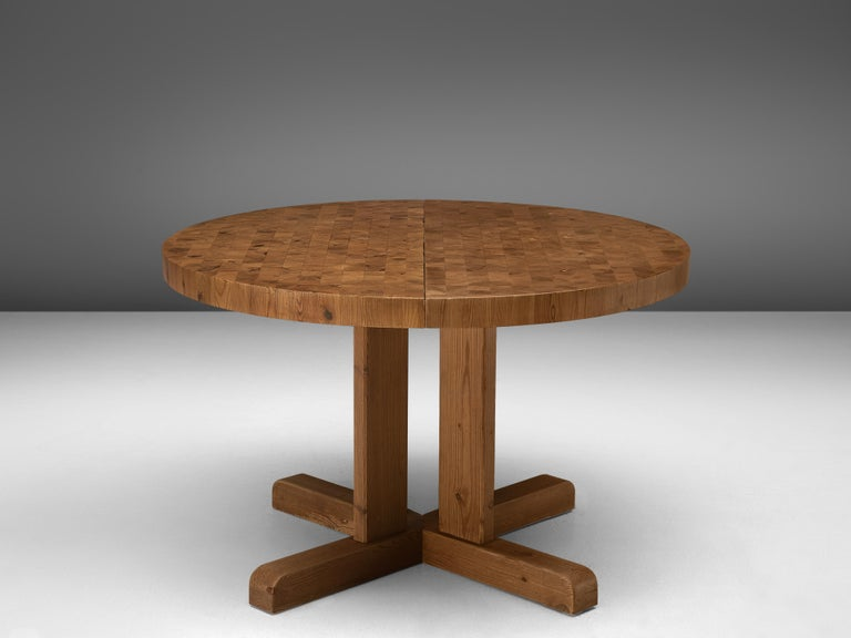 Scandinavian Extendable Pine End-Grain Table For Sale 2
