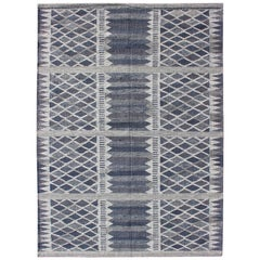 Scandinavian Flat-Weave Design Rug with Geometric Stripe Design in Gray and Blue