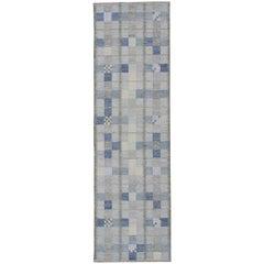 Scandinavian Flat-Weave Design Runner with Checkerboard Pattern in Modern Colors